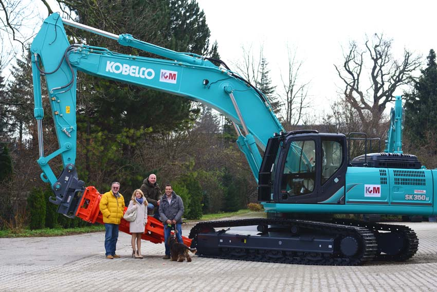 Kobelco successful in the scrap business