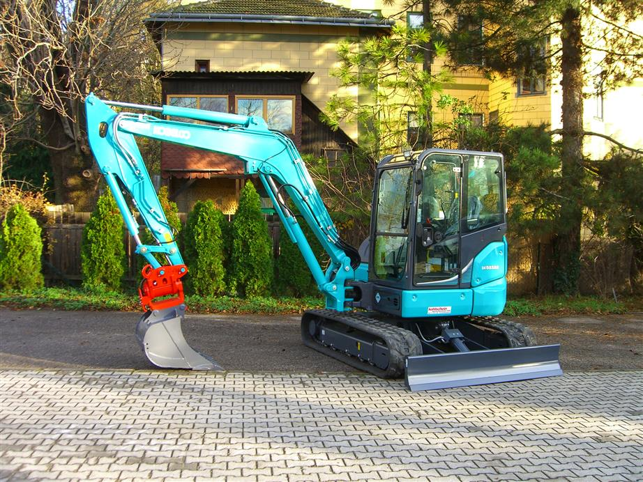 First-ever Kobelco Mini equipped with iNDr sold in Austria